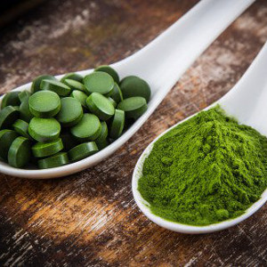 Spirulina v prahu in tabletah